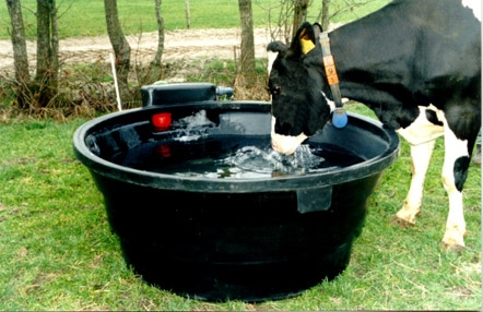 round-plastic-trough-fast-fill-450-gal-dt450ff