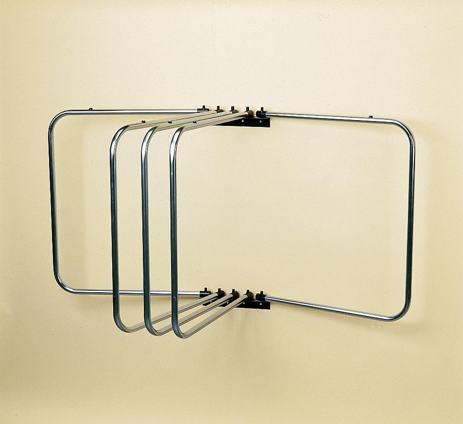 wall-mounted-rug-rack-5arm